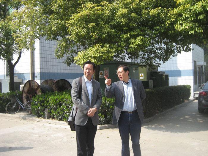 李建国校长率部分骨干教师赴江苏省海安高级中学考察学习